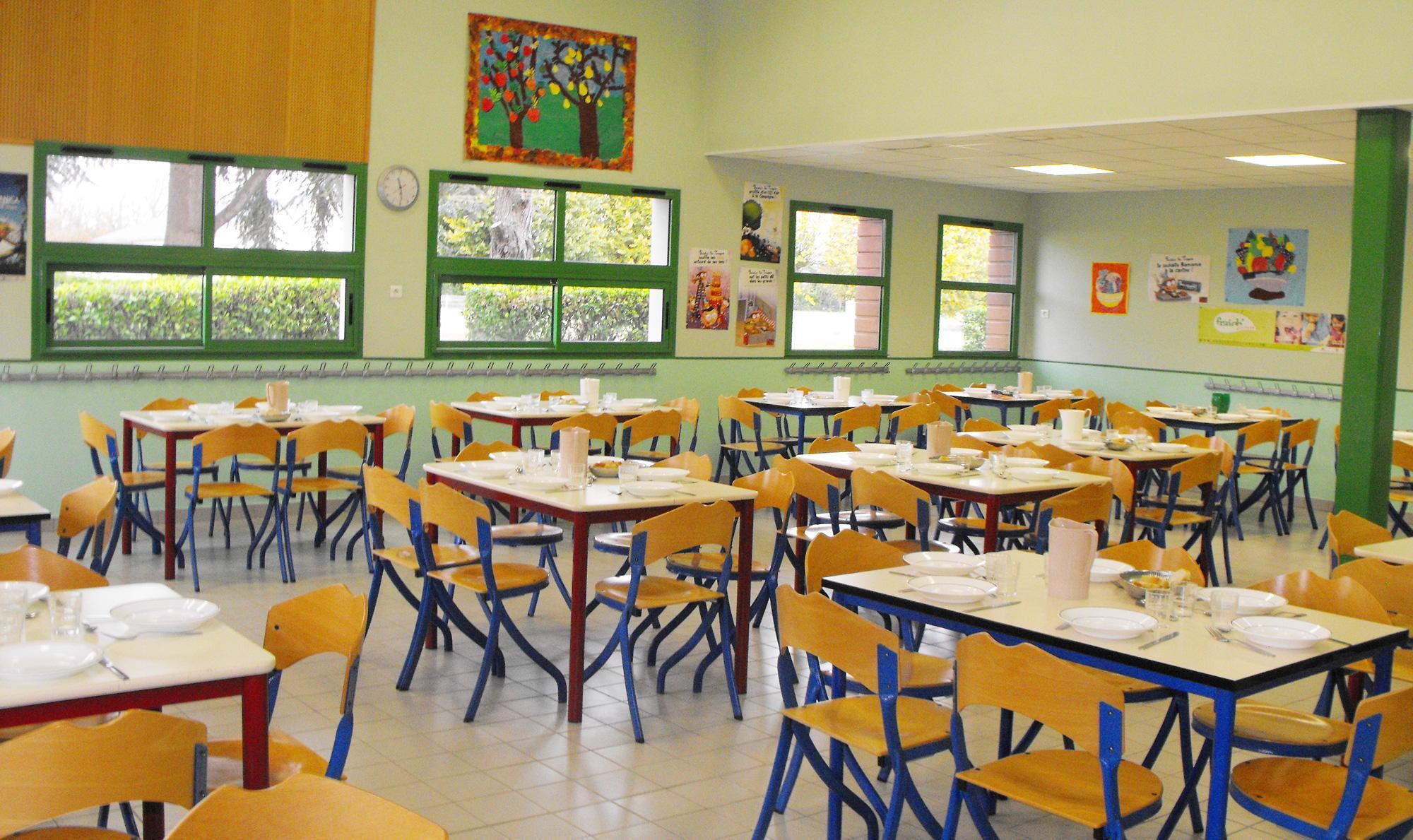 Restauration scolaire de l'école publique, Les Moisillons, de Noyant