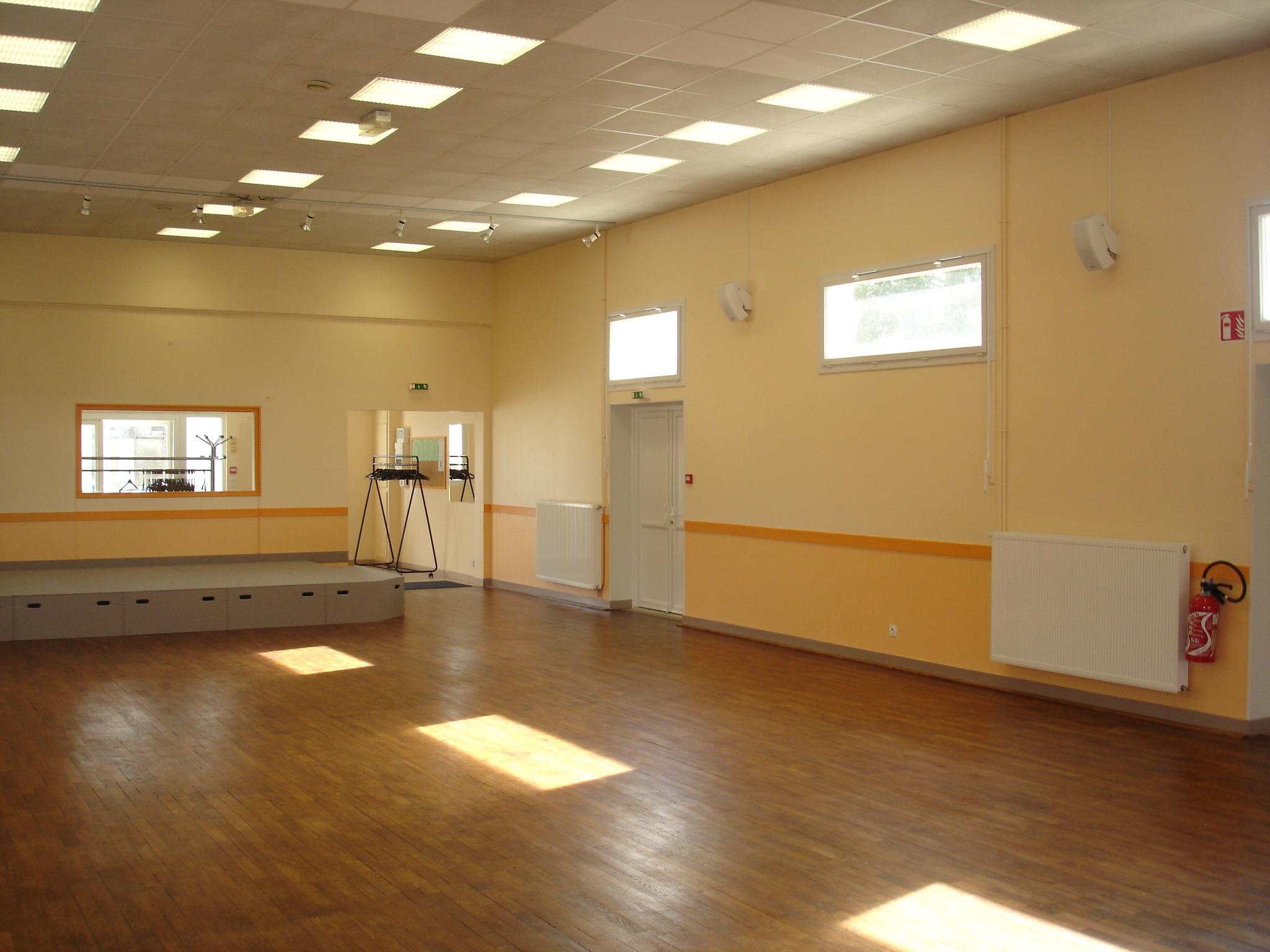 Centre socio culturel Auverse